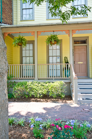 Pet friendly vacation rentals in Savannah